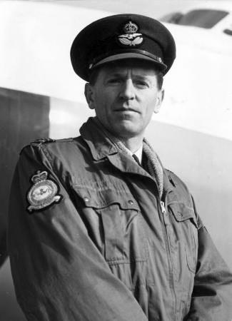 Squadron leader leonard h trent